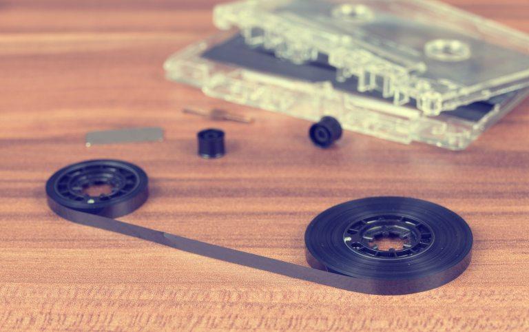blur-broken-cassette-170289